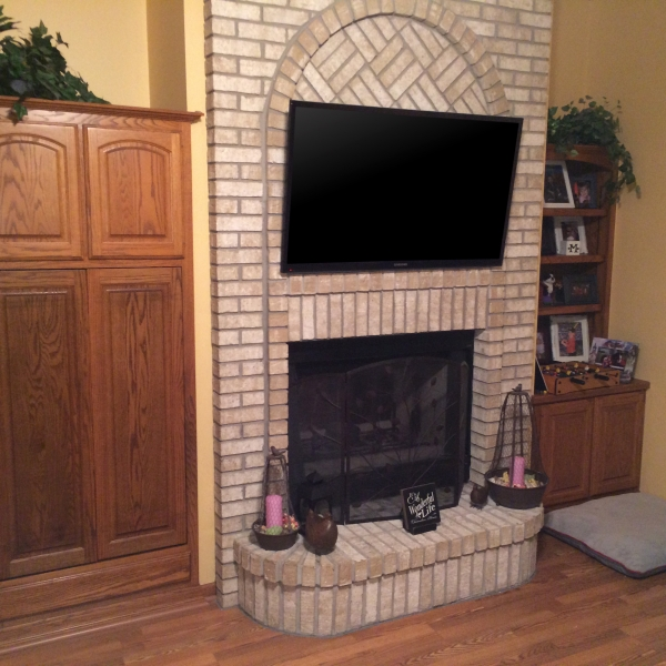 ABOVE FIREPLACE TV