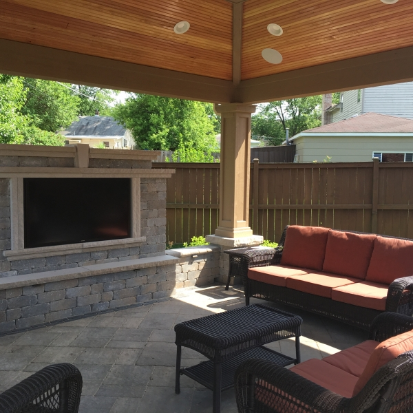 OUTDOOR OASIS WITH TV & SOUND